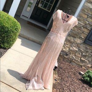 Beautiful Adrianna Papell formal dress